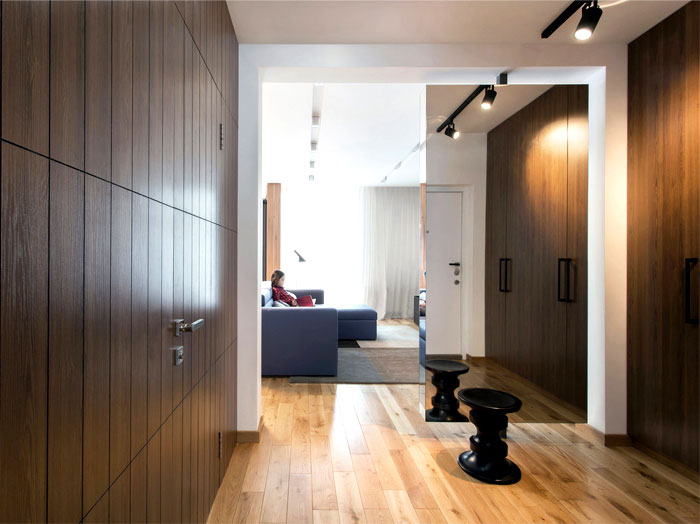 functional-stylish-apartment-located-kiev-4