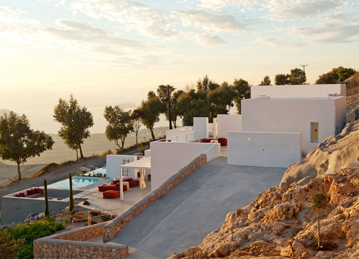 holiday-home-santorini-island-11