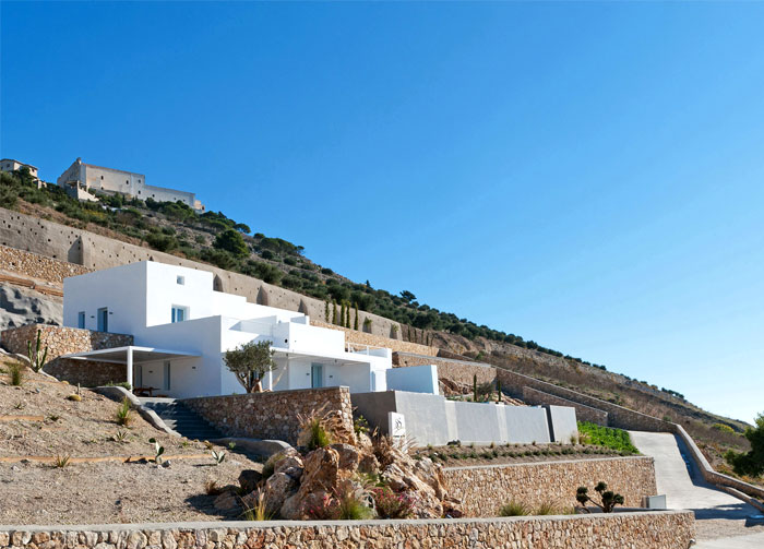 holiday-home-santorini-island-14