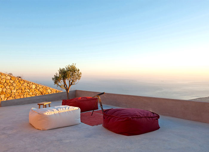 holiday-home-santorini-island-3
