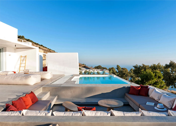 holiday-home-santorini-island-4