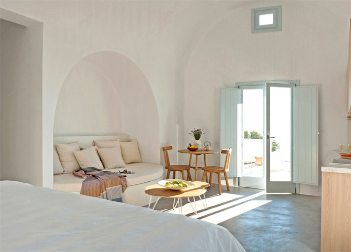holiday-home-santorini-island-6