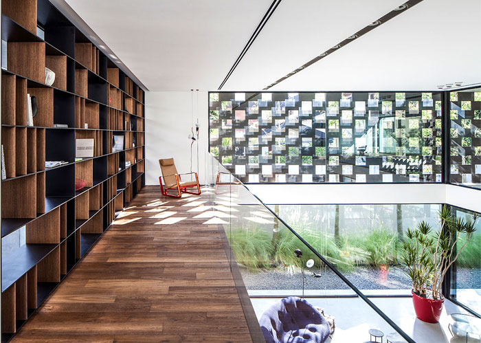 israeli studio pitsou kedem corten house 11