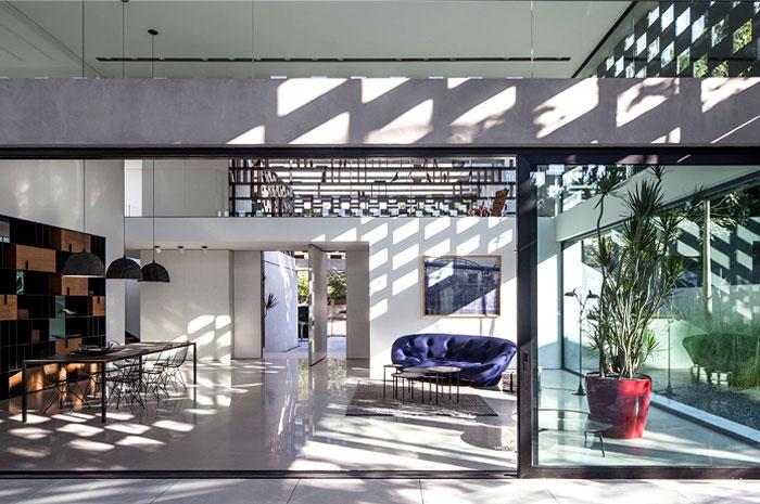 israeli studio pitsou kedem corten house 7