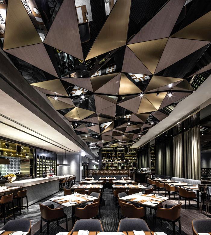 hong-kong-restaurant-kokaistudios-2