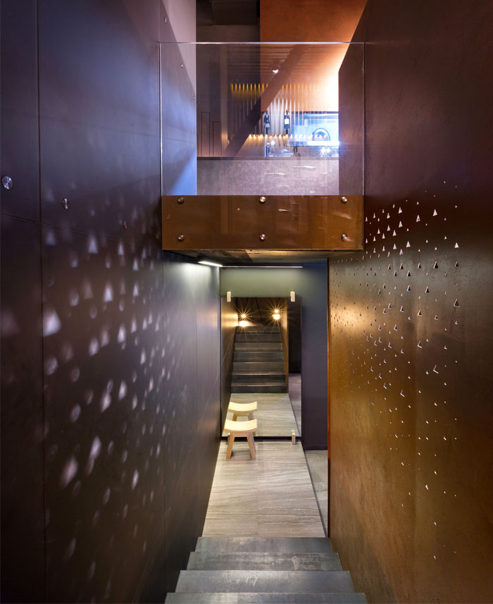 interior-decor-east-porto-restaurant-14
