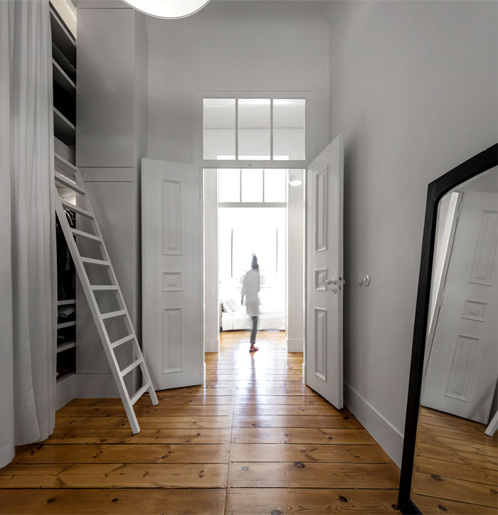 rar studio 19 th century apartment 16