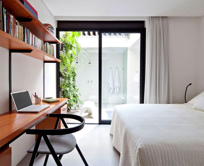 plants-decorate-modern-bath-greenery