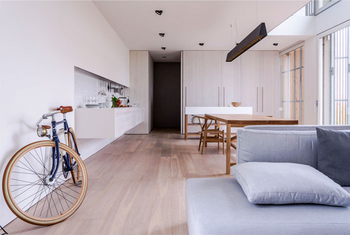 renewed-barn-house-italy-12