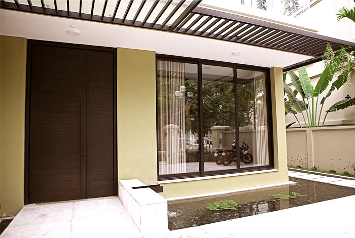 t-house-located-hanoi-11
