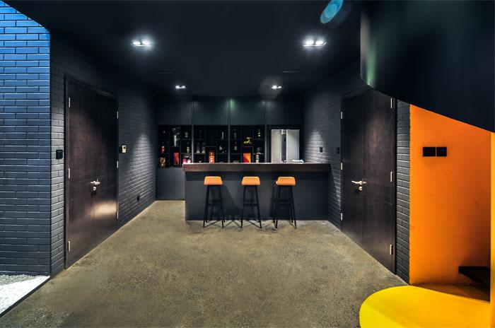 t-house-located-hanoi-7