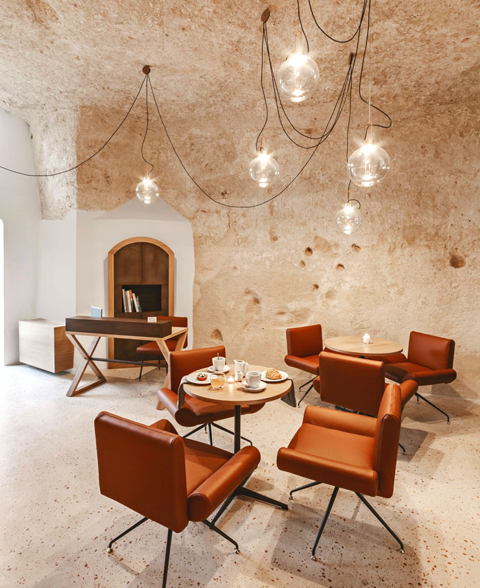 cave decor hotel matera 19