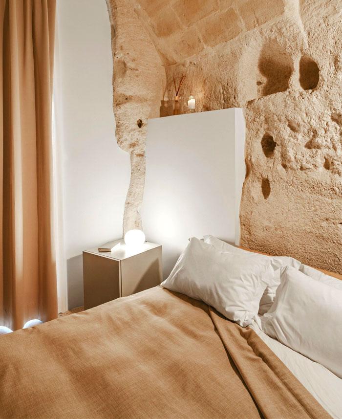 cave decor hotel matera 20