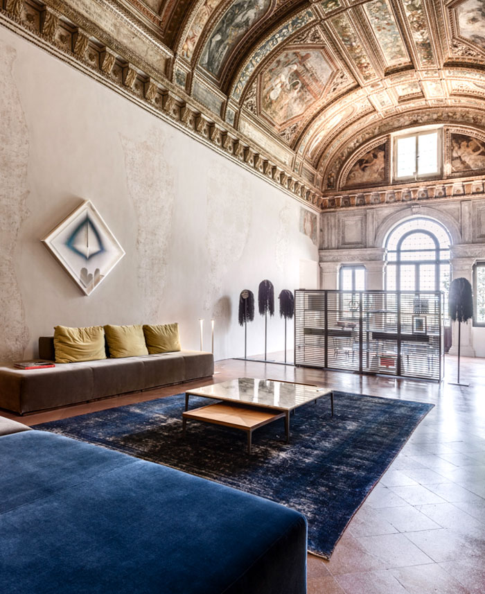 trendy-modernism-palazzo-ducale-mantova-2