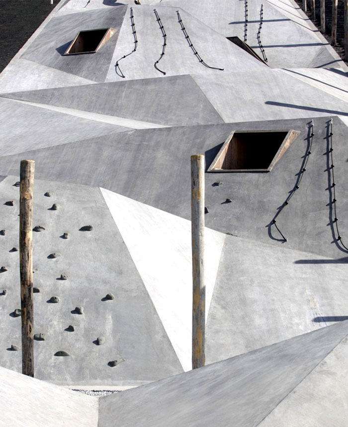 design-adventurous-play-scape-landmark-11
