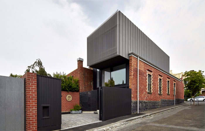victorian-era-brown-brick-construct-australia-3