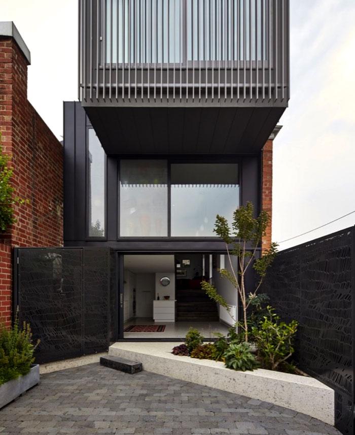victorian-era-brown-brick-construct-australia-4