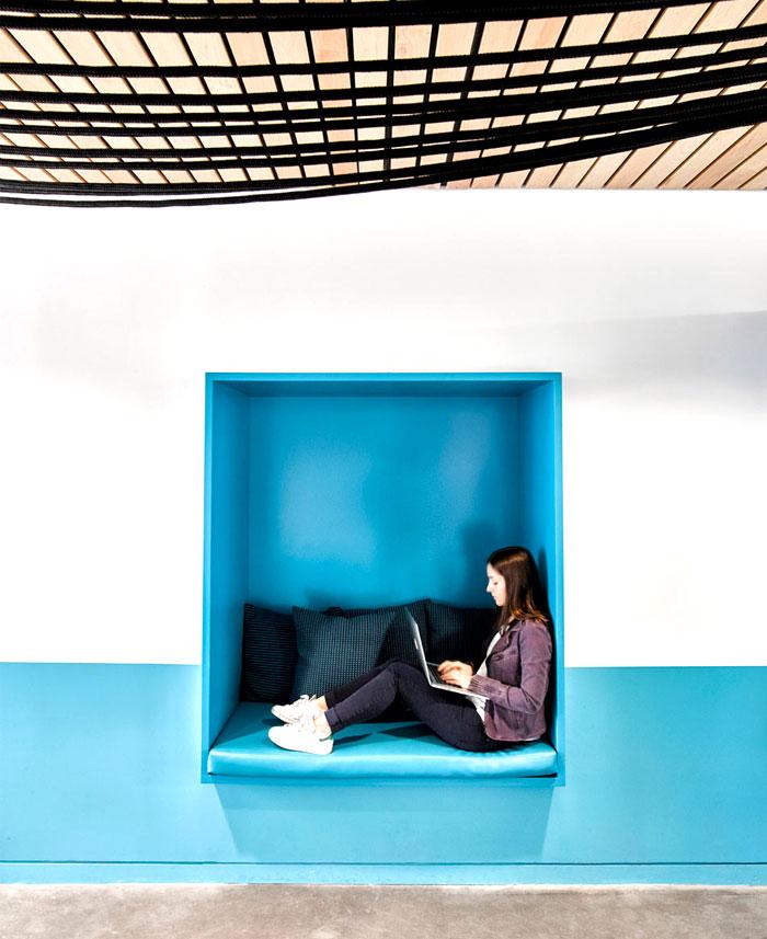 barrows office space design ghislaine vinas 1
