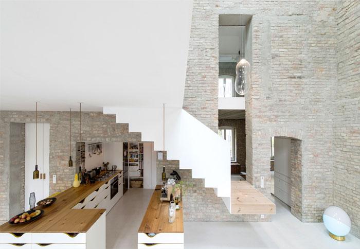 old-building-berlin-asdfg-architekten-3