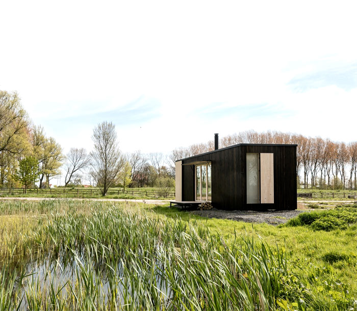sustainable-eco-shelter-11