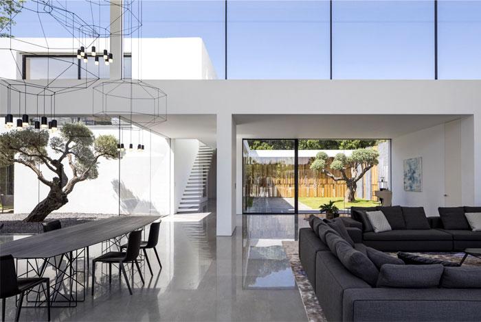 f house pitsou kedem architects 21