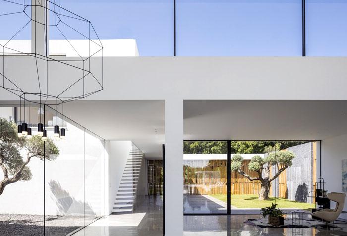 f house pitsou kedem architects 22