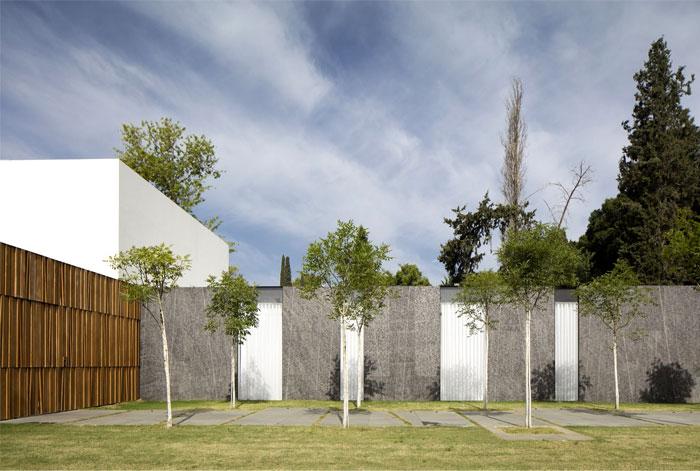 f house pitsou kedem architects 36