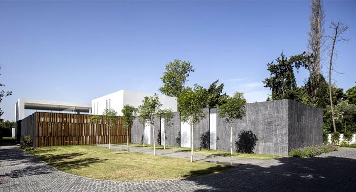 f house pitsou kedem architects 38