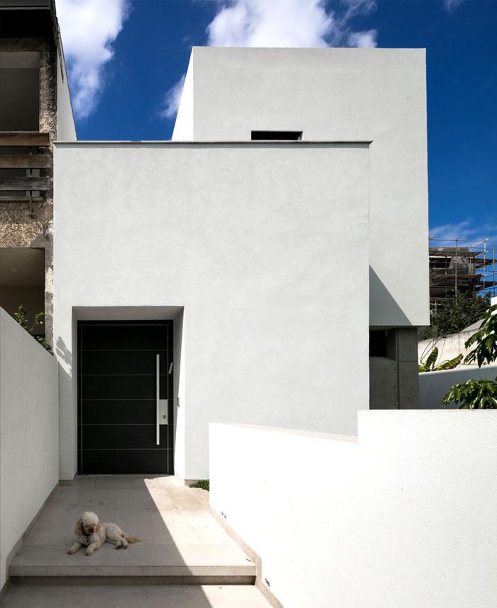 semi detached house remodeled amitzi architects 1