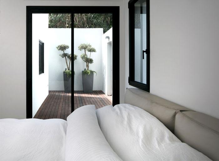 semi detached house remodeled amitzi architects 4