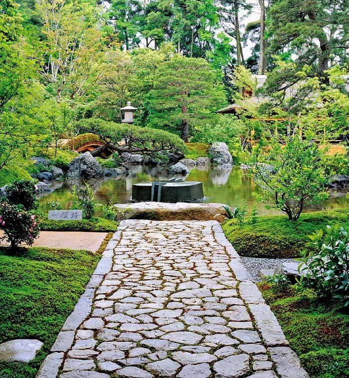 Zen Gardens & Asian Garden Ideas (68 images) - InteriorZine on Backyard Japanese Garden Design Ideas id=65199