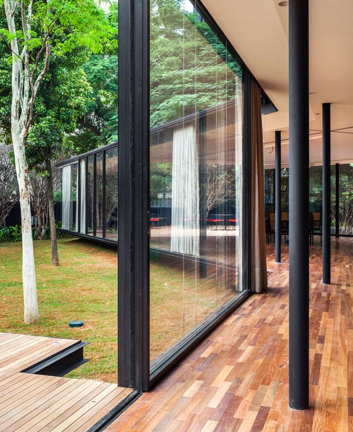 beautiful garden glass pavilion 15