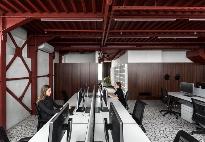 studio 11 vizor interactive company 17
