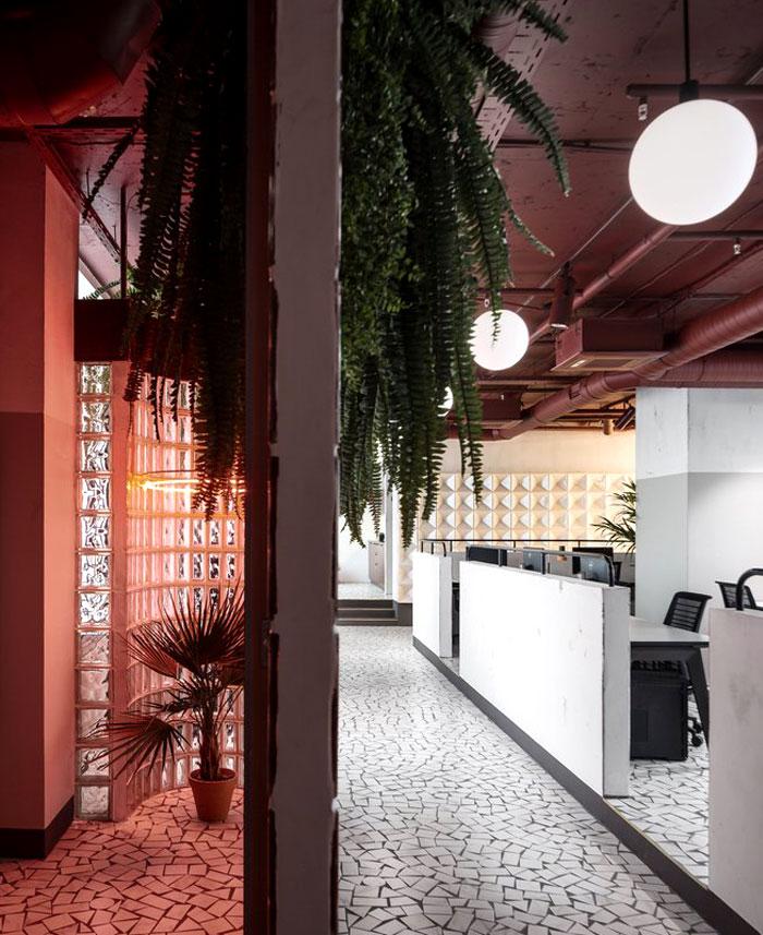 studio 11 vizor interactive company 21