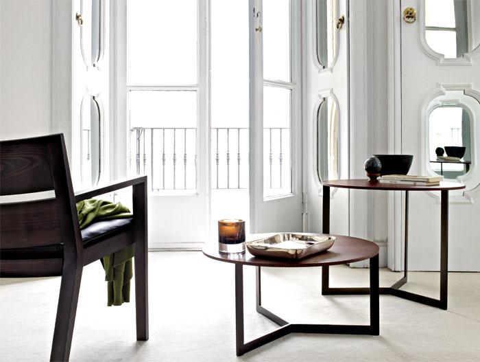 wooden coffee table studio kairos 2