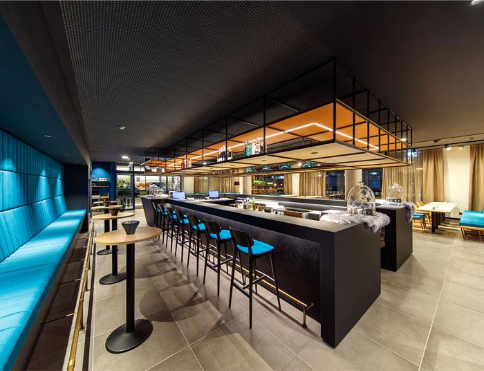 dfrost retail architecture arthotel ana momentum 2