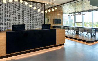 regus business center 338x212