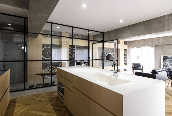 renovation 70s apartment tokyo tomokatzu hayakawa architects 8