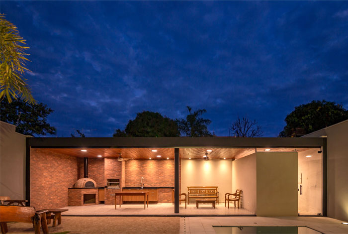 modern brazilian luxury home 17