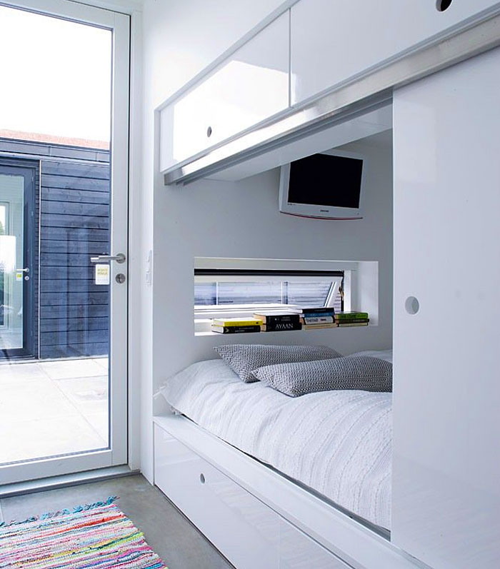 22 Ideas To Hide A Guest Bed Interiorzine