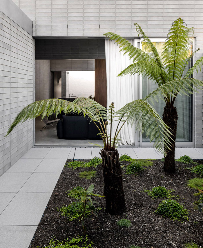 melbourne house ritz ghougassian 11