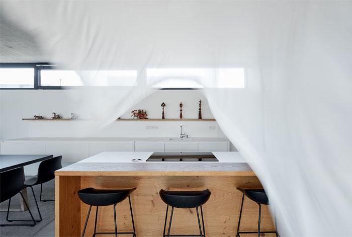 family house jarovce compass architekti 16