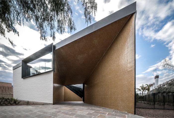 cube shaped house a4estudio 13