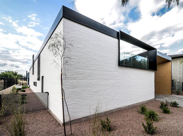 cube shaped house a4estudio 17