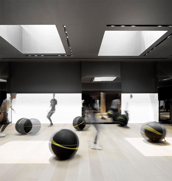 sky club house gym 17