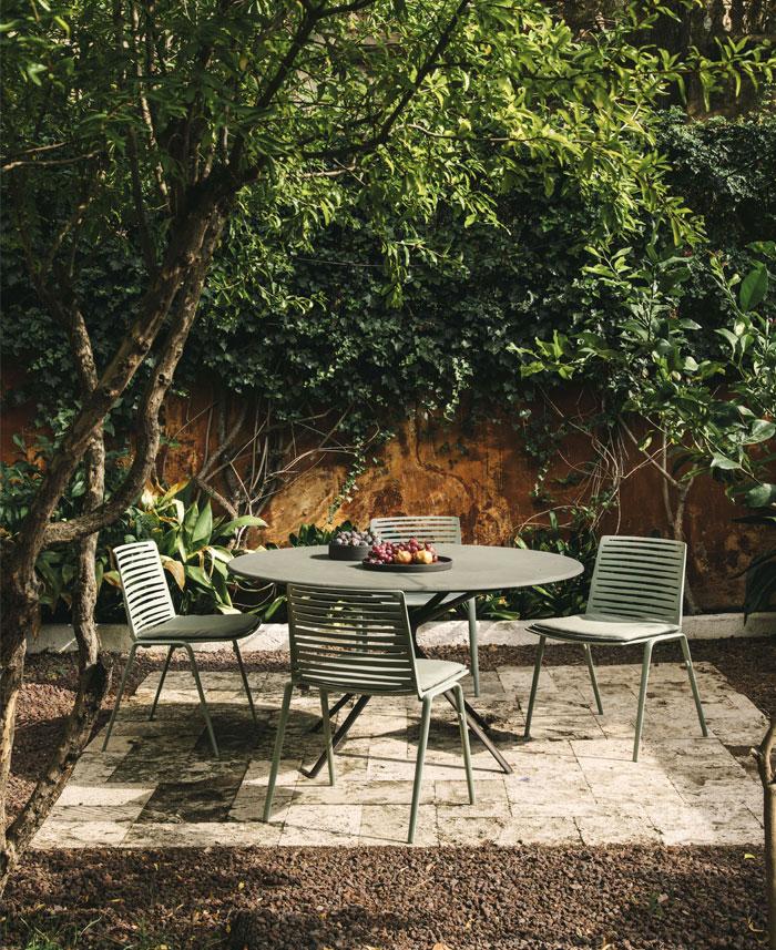 fast italian outdoor furniture manufacturer 1