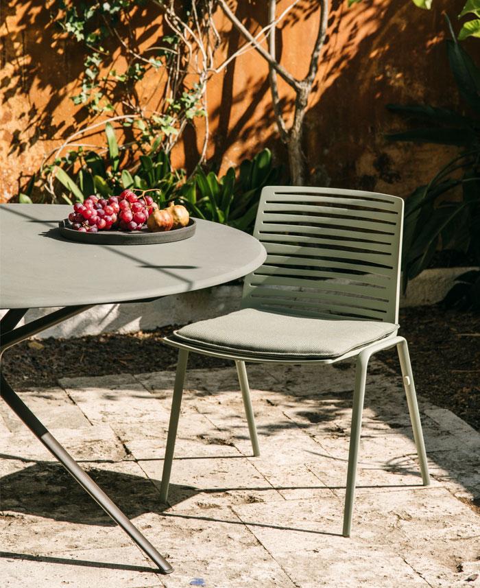 fast italian outdoor furniture manufacturer 2