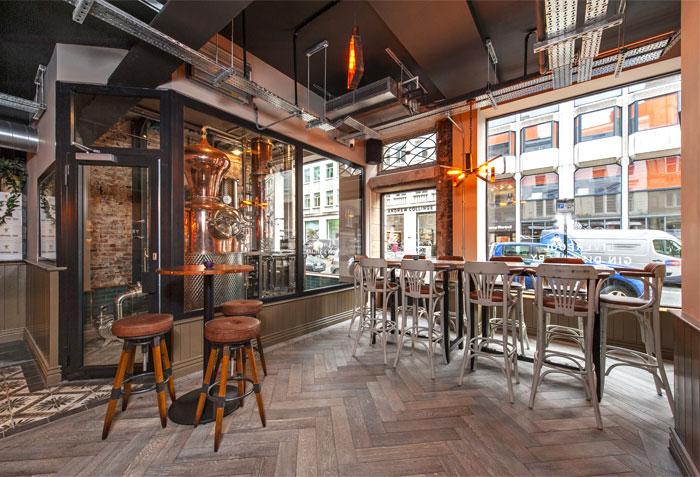 Liverpool Gin Distillery by DV8 Designs - InteriorZine