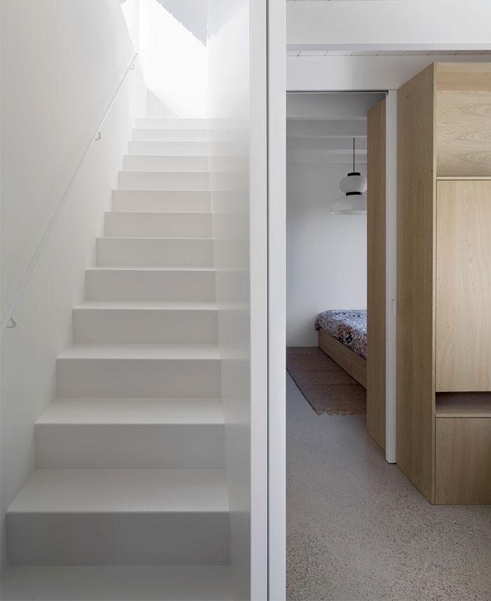 tiny holiday home i29 interior architects 17