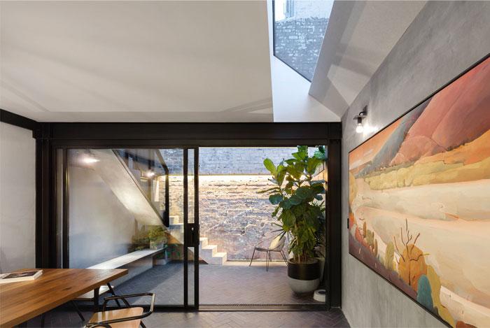 breathe architecture double life house